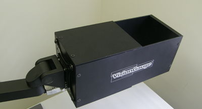 Adapted diffuse co-axial illumination module on a Digital Optical Comparator